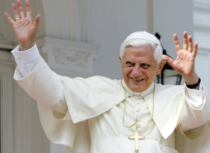 Pope-Benedict-XVI-Resigns-2